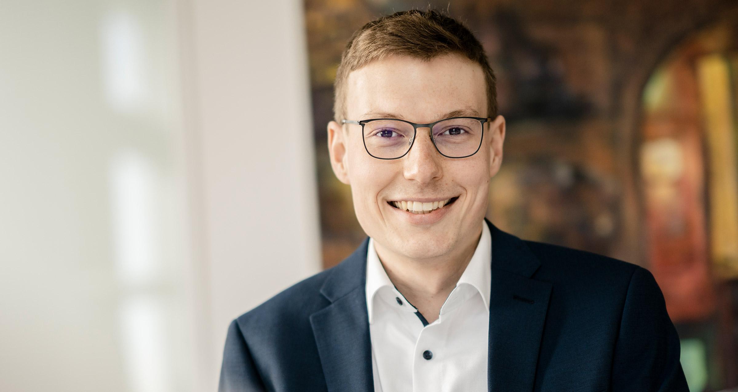 Jasper Wode von WAGNER LEGAL, Hamburg, Rechtsanwaltskanzlei und Fachanwalt für Kartellrecht, EU-Recht, Compliance-Management, Fusionskontrolle uvm.